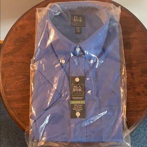 Jos. A. Bank Traveler tailored fit shirt